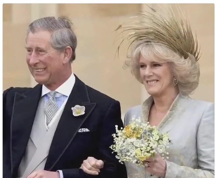 Casamento do príncipe Charles com a duquesa Camila no dia 9 de abril de 2005 — Foto: Reprodução/ The Royal Family