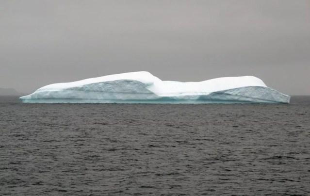 Pedaços de fibra sintética foram encontradas até mesmo em geleiras polares — Foto: Eduardo Carvalho/G1