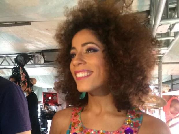 Márcia Castro participou da 15ª Parada Gay (Foto: Henrique Mendes / G1)