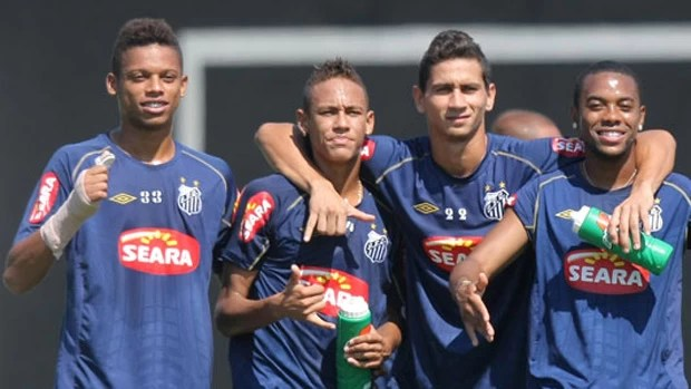 André, Robinho, Neymar e Ganso em treino do Santos (Foto: Agência Estado)