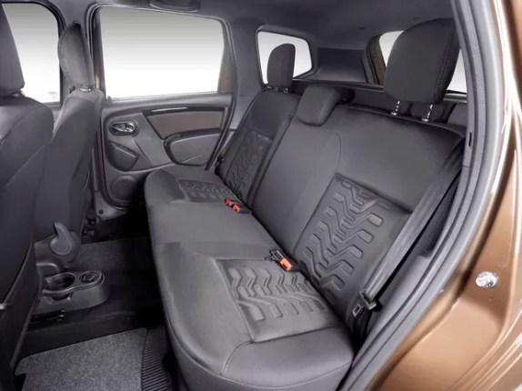 Duster 2016 interior