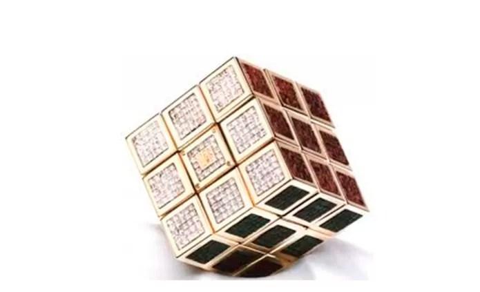 Cubo de Rubik Master Piece é uma versão de luxo da invenção de Sernõ Rubik (Foto: Reprodução/Mundo de Luxo) (Foto: Cubo de Rubik Master Piece é uma versão de luxo da invenção de Sernõ Rubik (Foto: Reprodução/Mundo de Luxo))