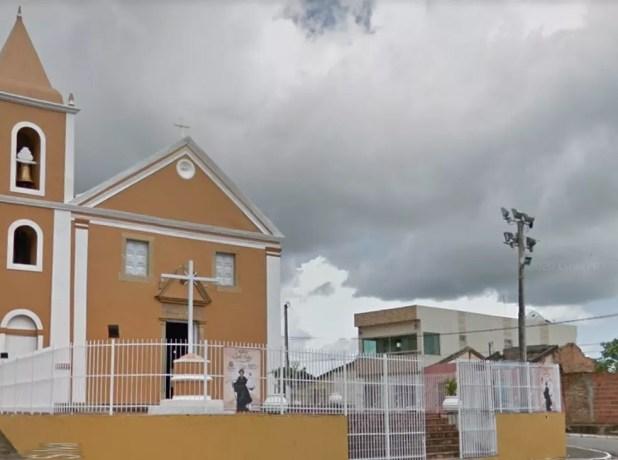 Igreja católica no Centro de Tracunhaém, na Zona da Mata Norte de Pernambuco  — Foto: Reprodução/Google Street View