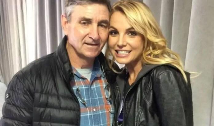 Jamie Spears com a filha Britney — Foto: Reprodução/Instagram da cantora