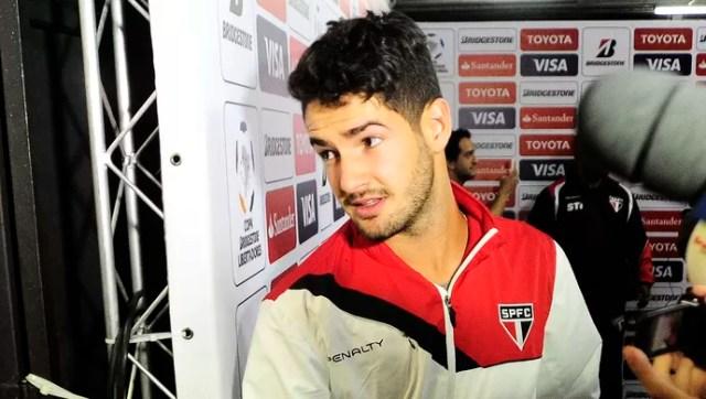 Alexandre Pato São Paulo (Foto: Marcos Ribolli)