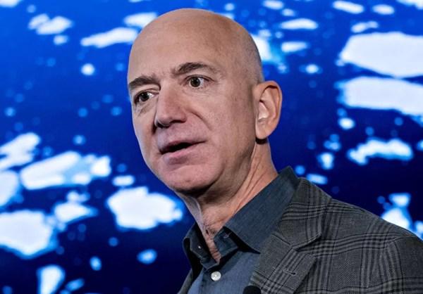 Jeff Bezos, dono da Amazon, viaja para o espaço: saiba como assistir ao voo do bilionário | Empresas | Valor Econômico