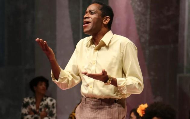 Ator Flávio Bauraqui interpreta sambista Cartola em musical (Foto: Aline Aquino)
