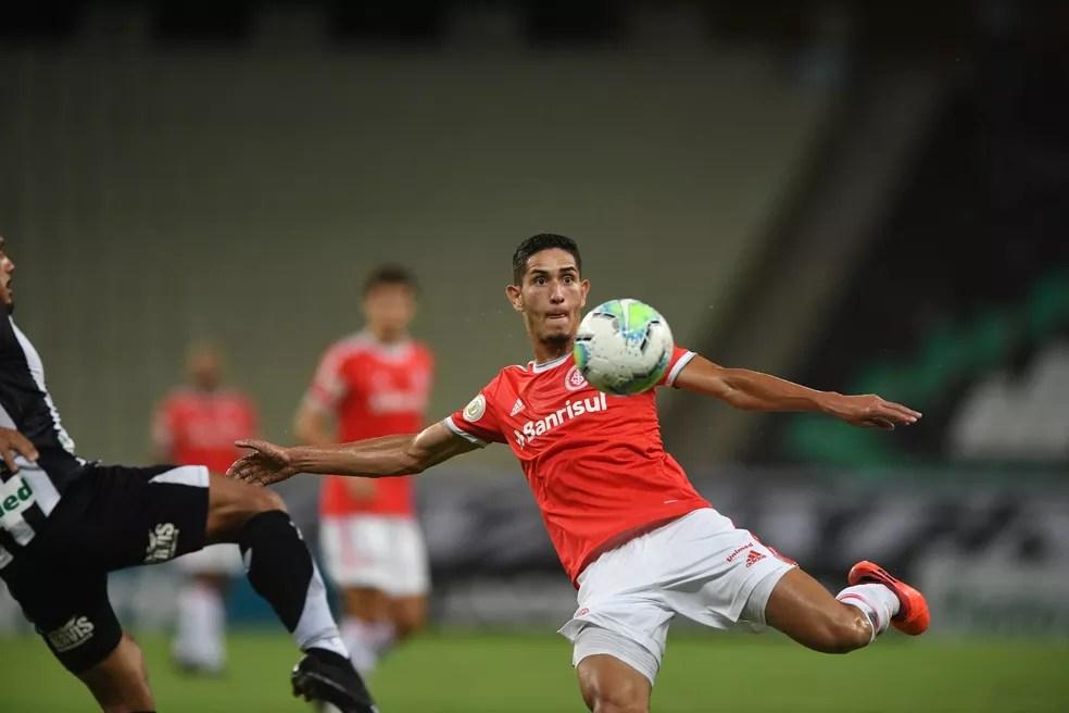 Praxedes virou fiel da balança no meio de campo do Inter — Foto: Ricardo Duarte/Divulgação, Inter