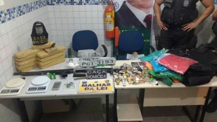 Material apreendido foi levado para a Delegacia de Polícia Civil (Foto: Polícia Militar/Divulgação)