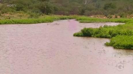 Açude em Salgueiro (Foto: Reprodução/ TV Grande Rio)