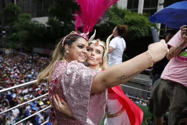Preta Gil e Carolina Dieckmann (Foto: Felipe Panfili/ Ag.News)
