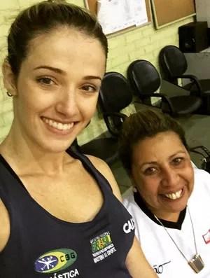 Ginasta Natália Gaudio e sua técnica, Monika Queiroz (Foto: Reprodução/Instagram)