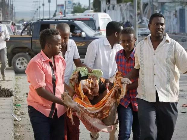 Diplomatas e estrangeiros frequentam o hotel  (Foto: AP Photo/Farah Abdi Warsameh)