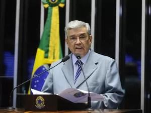 garibaldi senado - Nove ex-ministros de Dilma devem julgá-la no plenário do Senado; Confira nomes