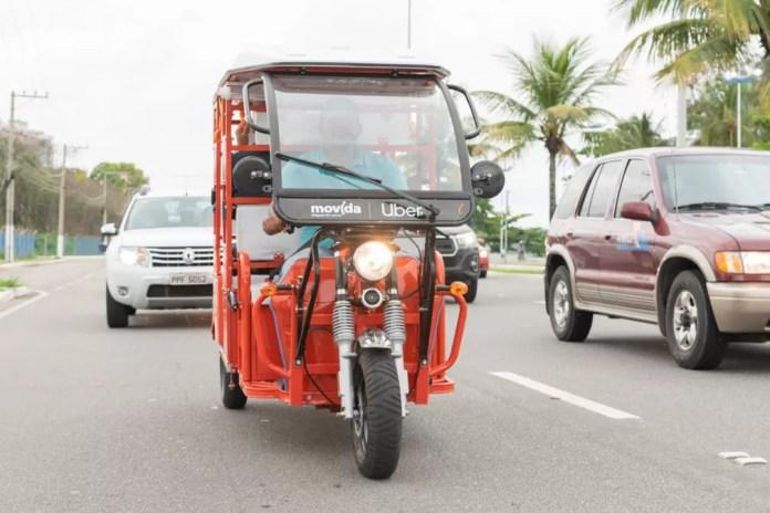 'Tuk-tuk' do Uber rodando em Vitória (ES) — Foto: Divulgação