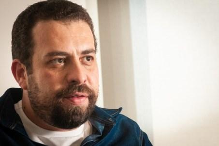 Boulos é oficializado candidato em SP e diz que disputa vai além da cidade  | Política | Valor Econômico