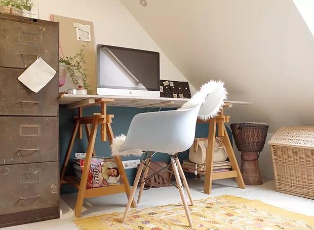 O home office é um dos ambientes que já está pronto, depois de quatro anos de reforma (Foto: Pauline Pottiez)