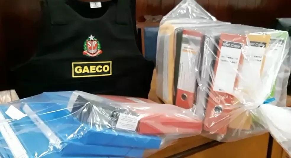 Documentos apreendidos no departamento de licitações em Orlândia, SP — Foto: Ministério Público/Divulgação