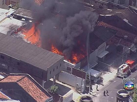 Incêndio no Centro do Recife (Foto: Reprodução / TV Globo)