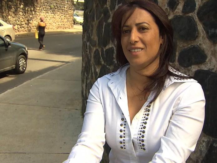 Prefeita foi alvo de polêmica em 2012 após vídeo em que falava sobre construção de ponte no valor de R$ 2 bilhões, e que ela ficaria com R$ 1 bilhão (Foto:  (Foto: Reprodução/TV Santa Cruz))