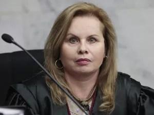 Vice-procuradora-geral eleitoral, Sandra Cureau, durante julgamento de criação do PSD, no TSE