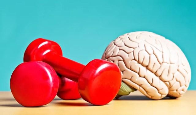 Estudos sugerem que a atividade física é protetora contra o risco futuro de demência — Foto: Istock Getty Images