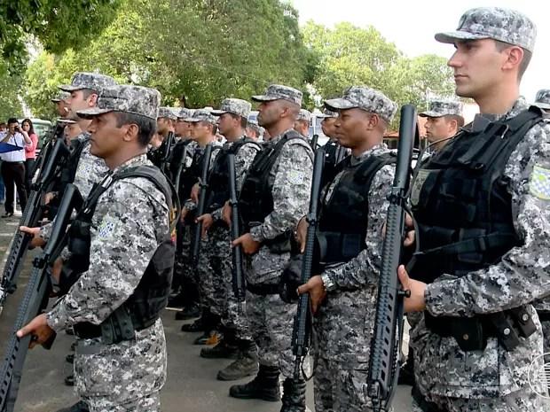 Homens da Força Nacional de Segurança em Teresina (Foto: Reprodução/TV Clube)