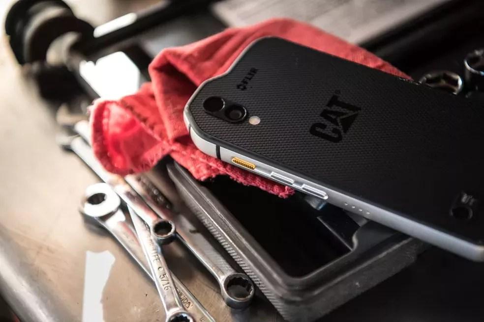 Super-resistente, aparelho tem câmera térmica HD e preço de iPhone X no mercado europeu (Foto: Divulgação/Caterpillar)