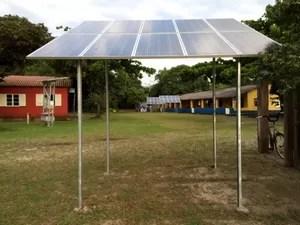 Comunidade do Bonete, em lhabela, recebe projeto de energia solar (Foto: Divulgação/Elektro)