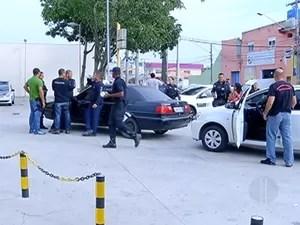 Operação visa cumprir 21 mandados de prisão e 30 de busca e apreensão. (Foto: Reprodução/Inter TV)