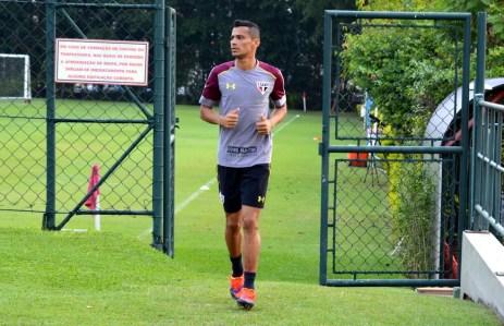 Cícero está afastado do elenco do São Paulo (Foto: Erico Leonan / site oficial do São Paulo FC)
