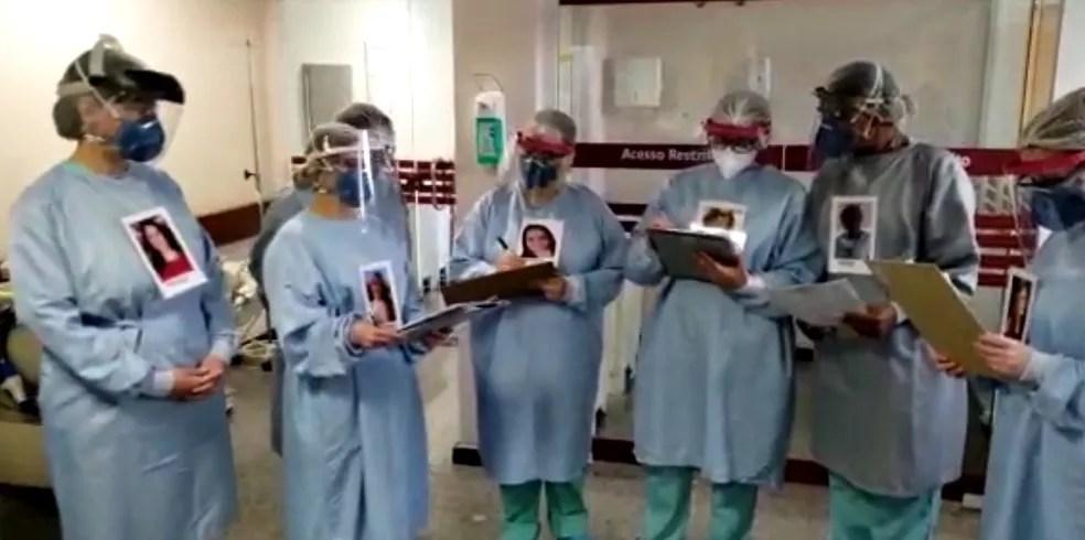 Profissionais colaram as fotos nos aventais para que pacientes possam identificá-los, em Curitiba — Foto: Arquivo pessoal/Kessler Koetzler