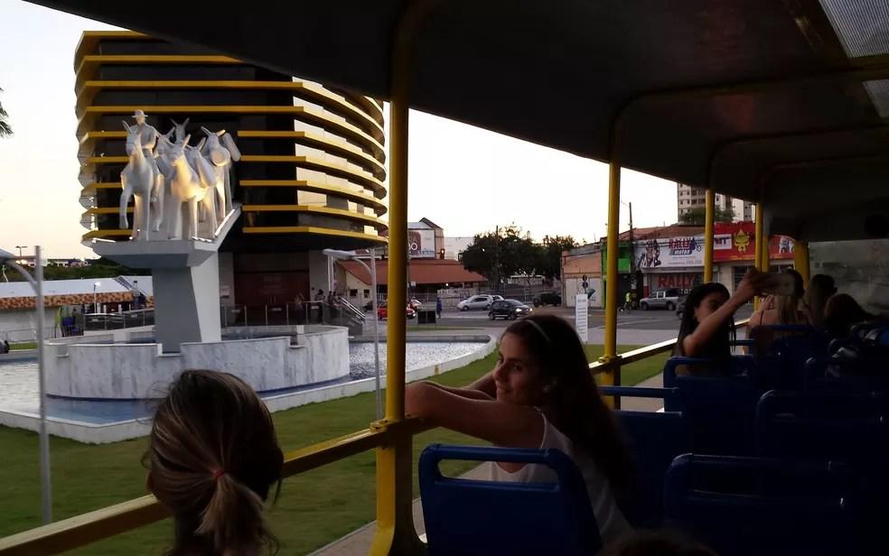 Forró Bus faz passeio por pontos turísticos de Campina Grande (Foto: Artur Lira / G1/Arquivo)