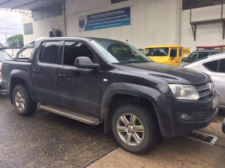 Veículos comprados em um esquema de lavagem de dinheiro foram apreendidos (Foto: Ascom/Polícia Civil de Pernambuco)