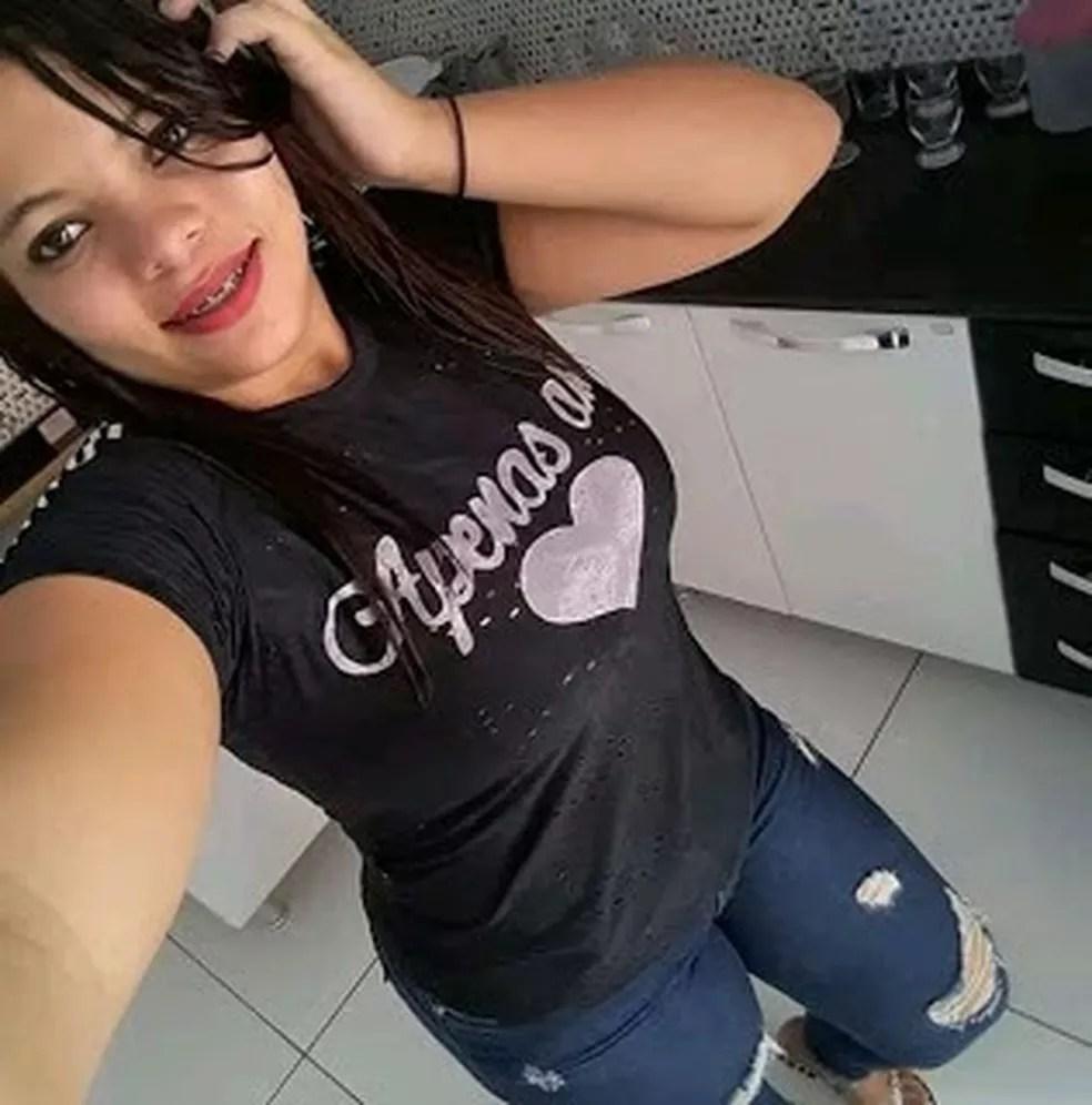 Maria Layla tinha 16 anos e foi morta a facadas em Lago da Pedra, no Maranhão — Foto: Divulgação