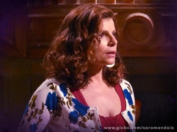 Risoleta fica magoada com a reação do professor (Foto: TV Globo/Saramandaia)