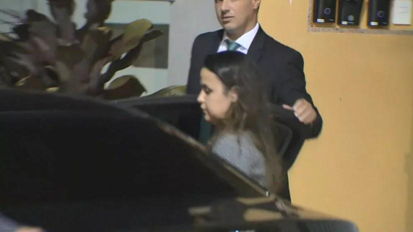 Prefeita de Presidente Kennedy, Amanda Quinta, foi presa nesta quarta-feira (8) — Foto: Reprodução/TV Gazeta