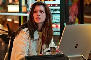 Anne Hathaway on stage in 'Solo'