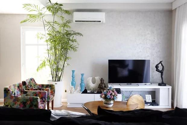 Aline Riscado mostra decoração de casa tríplex de 215 m² na Barra, no Rio (Foto: Marcos Serra Lima/Divulgação)