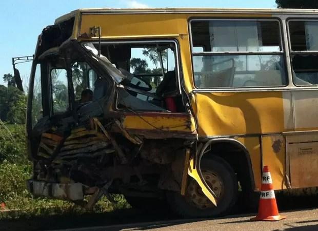 Acidente na BR-101, no sul da Bahia (Foto: Gustavo Souto/ Arquivo Pessoal)