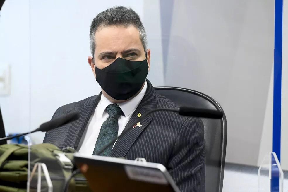 Élcio Franco durante depoimento na CPI da Covid — Foto: Marcos Oliveira/Agência Senado