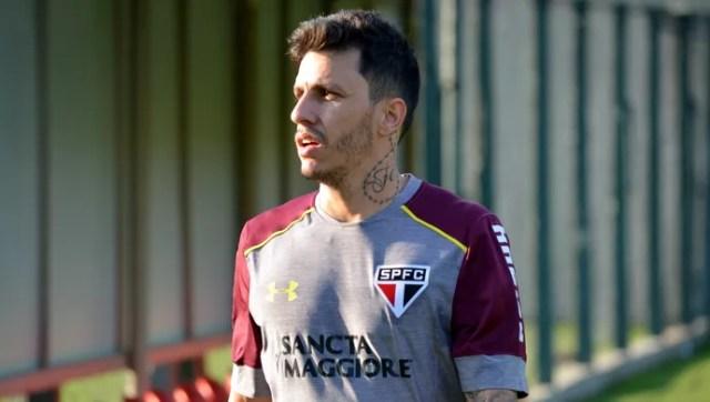 Jean Carlos, reforço do São Paulo, treina no CT da Barra Funda (Foto:  Érico Leonan / saopaulofc.net)