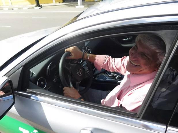 Carlos Alberto é taxista há 25 anos (Foto: Orion Pires/G1)