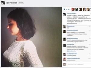 Isis Valverde divulgou foto a favor dos protestos pelo Brasil (Foto: Reprodução/Instagram)