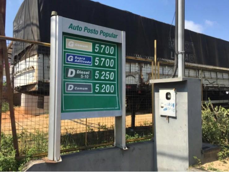Litro da gasolina em Cruzeiro do Sul nesta segunda custa R$ 5,70 — Foto: Gledson Albano/Rede Amazônica Acre