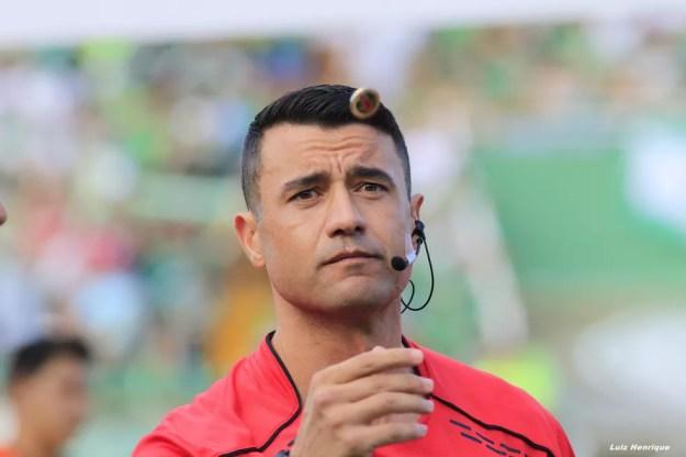 Bráulio da Silva Machado vai apitar Flamengo x Corinthians (Foto: Luiz Henrique/Figueirense FC)