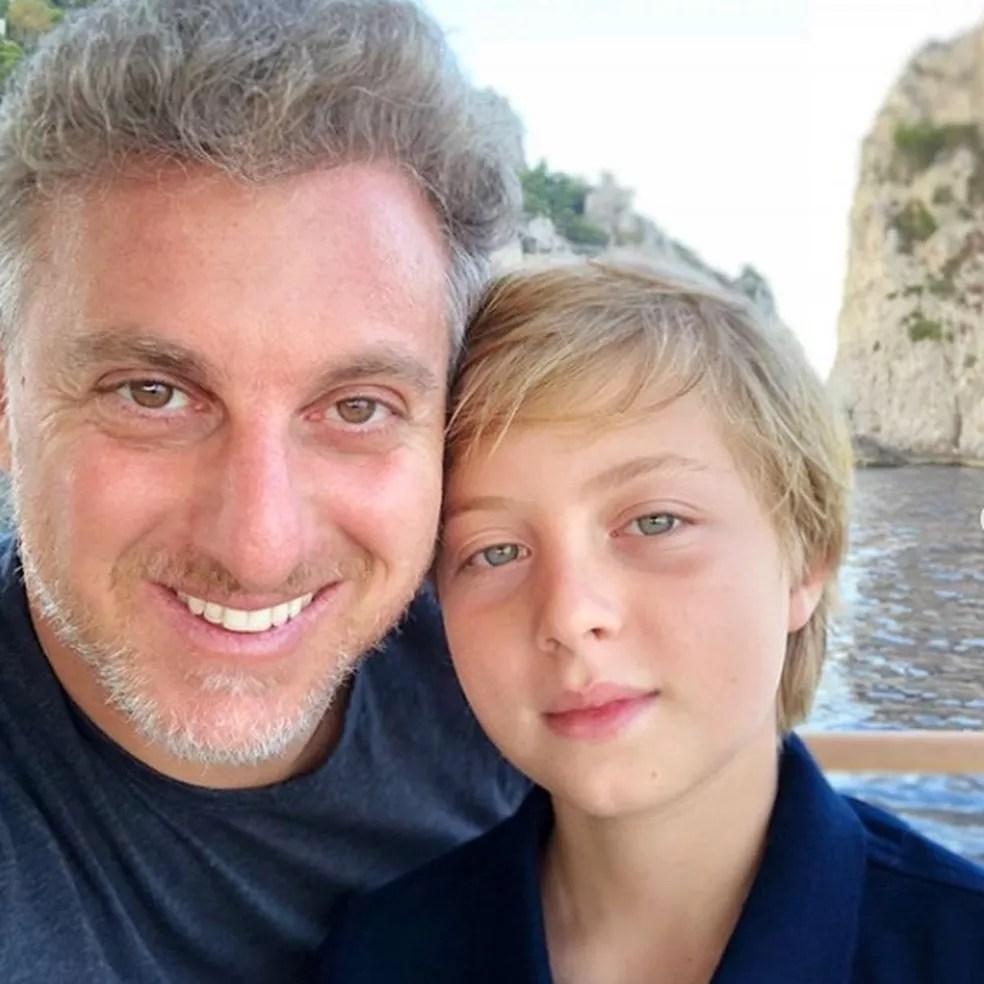 benicio luciano - Luciano Huck publica foto de lesão do filho e faz alerta: 'Use capacete'