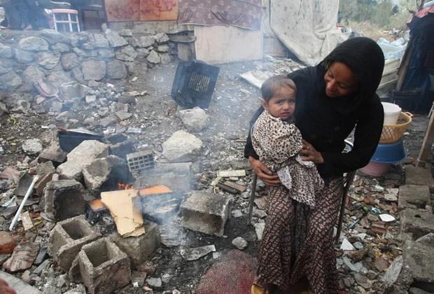 http://g1.globo.com/mundo/siria/noticia/2013/10/turquia-afirma-ja-ter-recebido-mais-de-600-mil-refugiados-sirios.html