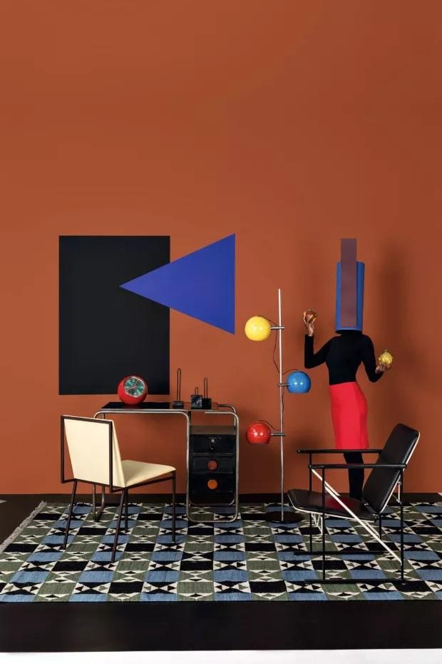 Geometria cores e texturas da Bauhaus compem decorao divertida  Casa Vogue  Design
