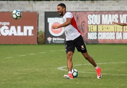 Santiago Tréllez, atacante do Vitória, é alvo do São Paulo (Foto: Maurícia da Matta / EC Vitória / Divulgação)